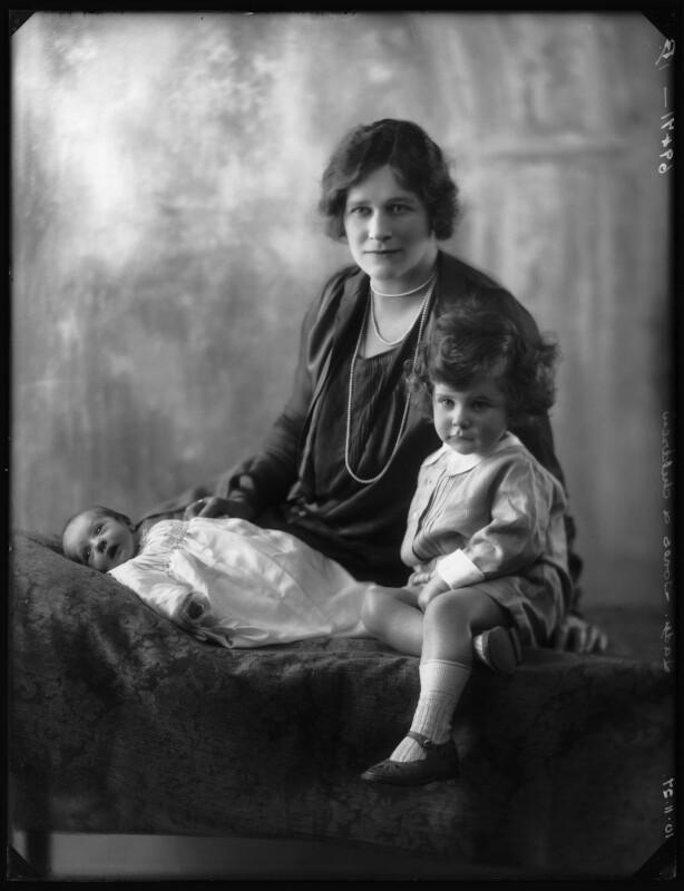 Richard Bagnold Jones; Enid Algerine Bagnold ('Lady Jones'); Laurian (née Jones), comtesse d'Harcourt, by Bassano Ltd, 10 November 1927 - NPG x124177 - © National Portrait Gallery, London