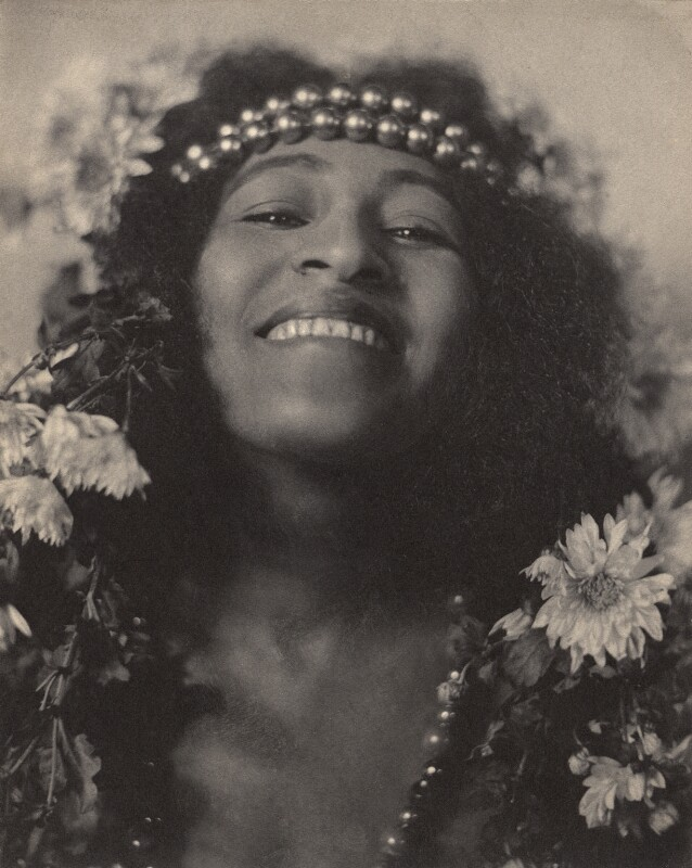 Lizzie Avery in 'In Dahomey', by Cavendish Morton, 1903 - NPG x46659 - © National Portrait Gallery, London