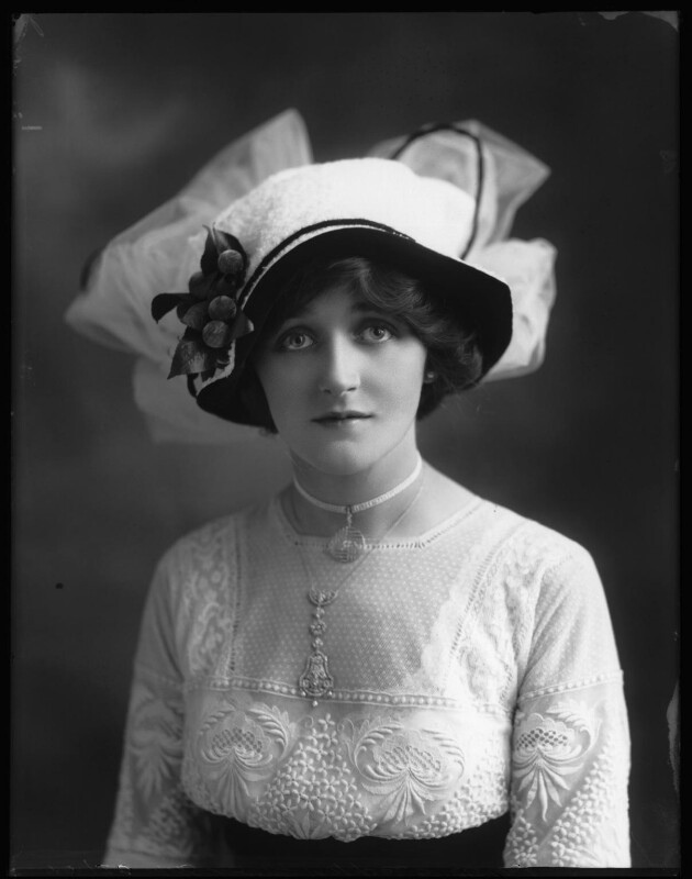 Dorrie Keppel (Maison Lewis), by Bassano Ltd, 13 September 1911 - NPG x102616 - © National Portrait Gallery, London