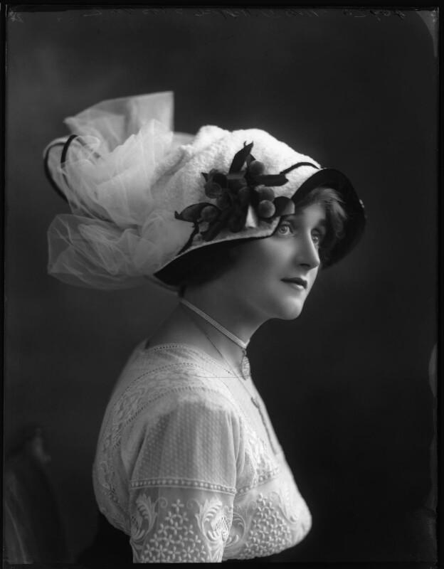 Dorrie Keppel (Maison Lewis), by Bassano Ltd, 13 September 1911 - NPG x102617 - © National Portrait Gallery, London