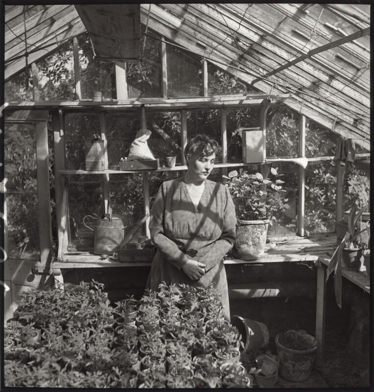 Margery Allingham, by Francis Goodman, 1946 - NPG x68926 - © National Portrait Gallery, London
