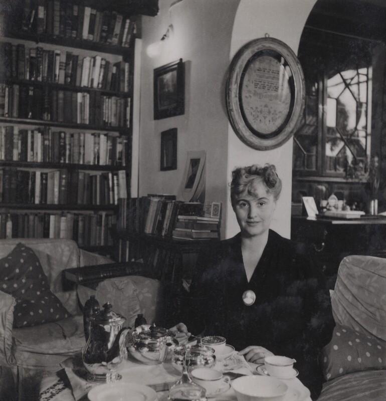 Margery Allingham, by Francis Goodman, 1949 - NPG Ax39593 - © National Portrait Gallery, London
