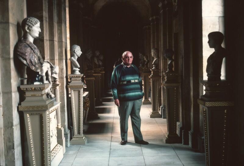 George Anthony Geoffrey Howard, Baron Howard of Henderskelfe, by David Reed, 1980 - NPG x76361 - © David Reed / National Portrait Gallery, London