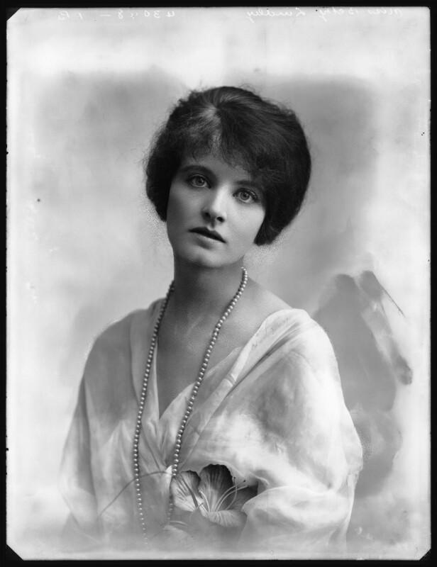 Betty Linley, by Bassano Ltd, 1914 - NPG x102876 - © National Portrait Gallery, London