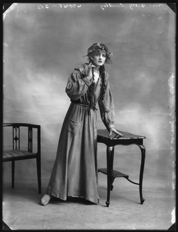 Betty Linley, by Bassano Ltd, 1914 - NPG x102878 - © National Portrait Gallery, London