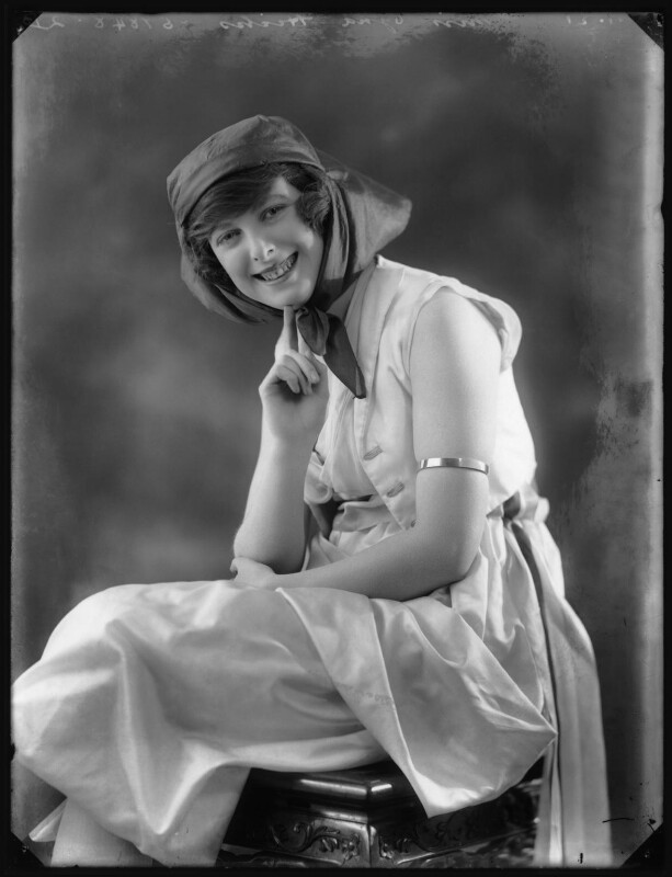 Ogna Hicks, by Bassano Ltd, 27 January 1921 - NPG x102979 - © National Portrait Gallery, London
