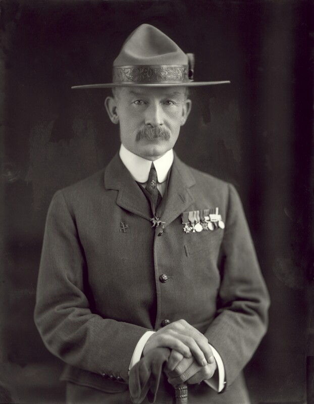 Robert Baden-Powell, by Henry Walter ('H. Walter') Barnett, 1908 - NPG x126435 - © National Portrait Gallery, London