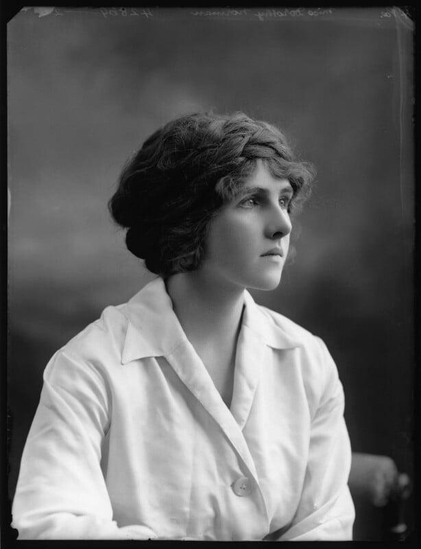 Dorothy Norman, by Bassano Ltd, 1914 - NPG x103250 - © National Portrait Gallery, London