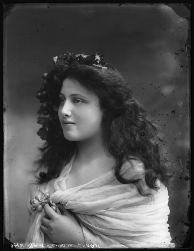 Rosie Violet Nina Millicent Newman (née Neumann), by Bassano Ltd, 19 July 1910 - NPG x103514 - © National Portrait Gallery, London