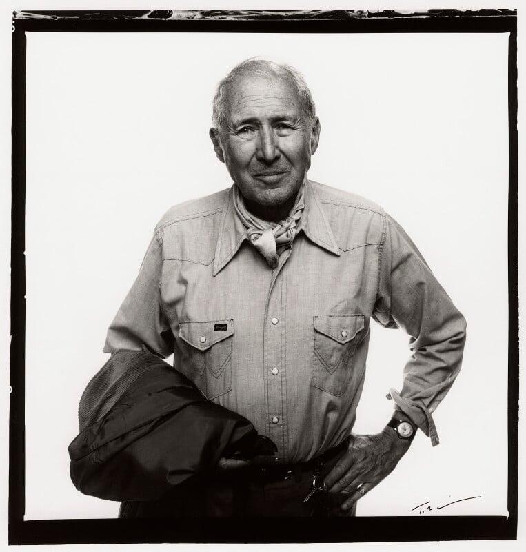 Anthony Quayle, by Trevor Leighton, 11 June 1989 - NPG x35352 - © Trevor Leighton / National Portrait Gallery, London