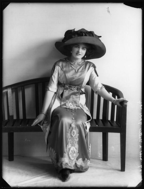Marjorie Villis, by Bassano Ltd, 28 April 1911 - NPG x103917 - © National Portrait Gallery, London