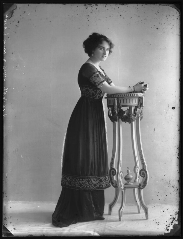 Marjorie Villis, by Bassano Ltd, 28 April 1911 - NPG x103918 - © National Portrait Gallery, London