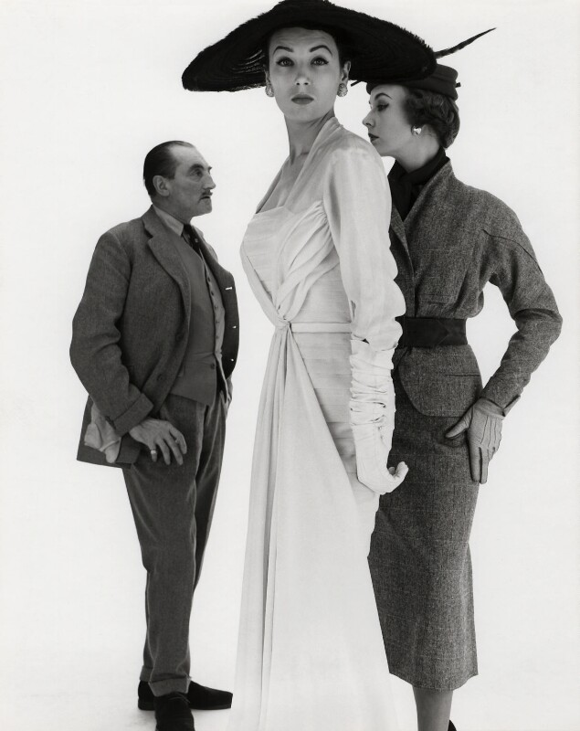 Peter Russell with two fashion models, by Norman Parkinson, 1953 - NPG x30056 - © Norman Parkinson Archive