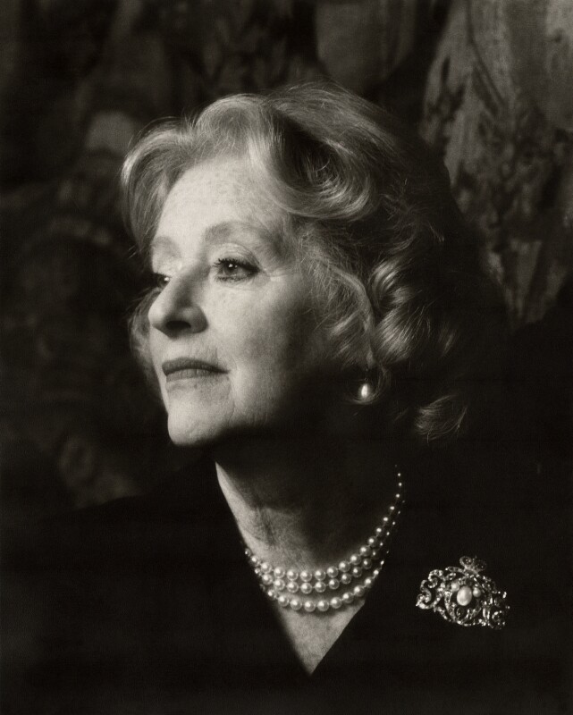 Evelyn Anthony (Evelyn Bridget Patricia Ward-Thomas (née Stephens)), by Mark Gerson, 1986 - NPG x47107 - © Mark Gerson / National Portrait Gallery, London