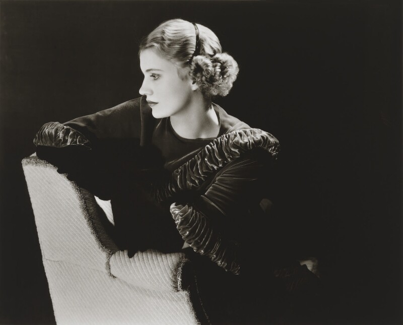 Lee Miller, by Lee Miller, 1932 - NPG P1081 - © reserved; collection National Portrait Gallery, London