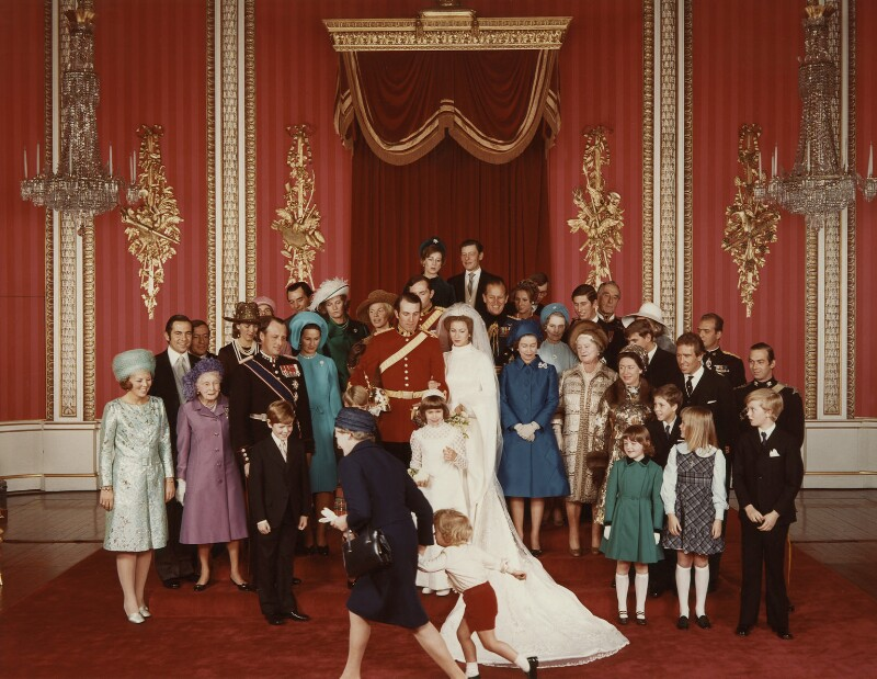 Npg x126928 the wedding of princess anne and captain mark for Princess anne wedding dress