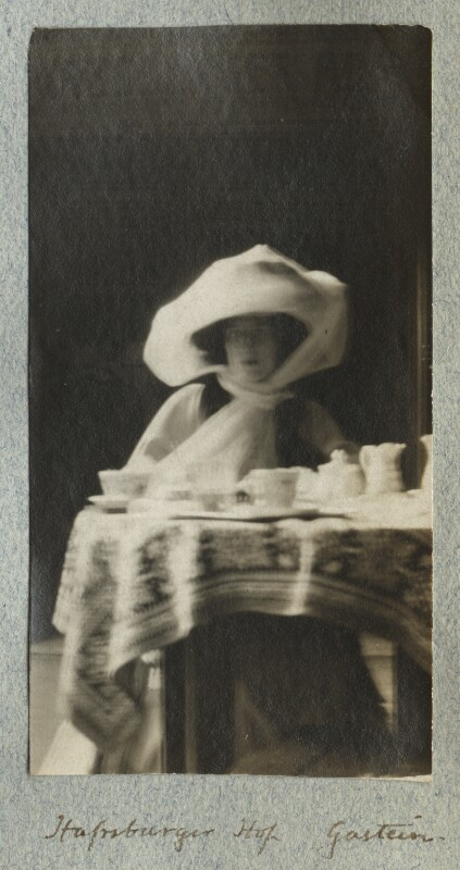 Lady Ottoline Morrell, by Philip Edward Morrell, August 1908 - NPG Ax140007 - © National Portrait Gallery, London
