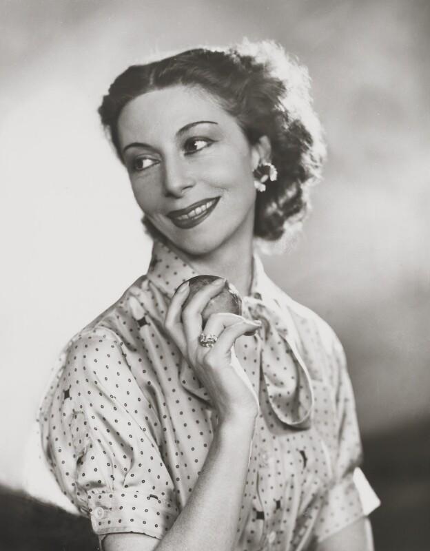 Alicia Markova, by Dorothy Wilding, 12 May 1955 - NPG x35784 - © National Portrait Gallery, London