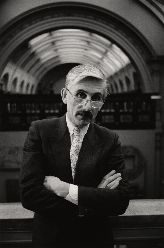 Sir Roy Strong, by Jill Kennington, 1987 - NPG x127146 - © Jill Kennington / National Portrait Gallery, London