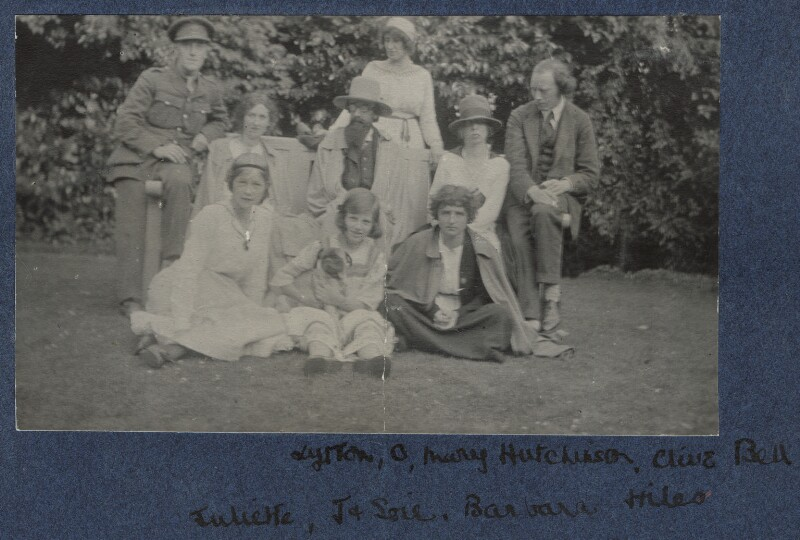 Lady Ottoline Morrell with friends, by Unknown photographer, 1915 - NPG Ax140445 - © National Portrait Gallery, London