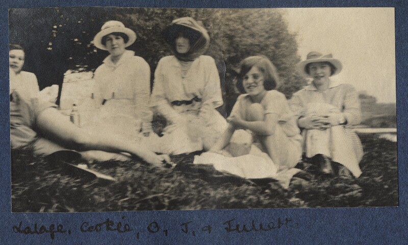 Picnic, by Unknown photographer, 1916 - NPG Ax140477 - © National Portrait Gallery, London