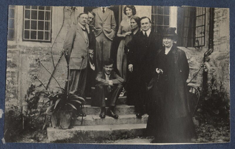 Lady Ottoline Morrell with friends, possibly by Philip Edward Morrell, 1916 - NPG Ax140545 - © National Portrait Gallery, London