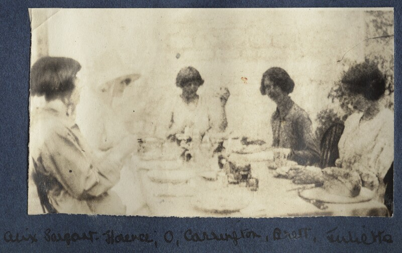 Lady Ottoline Morrell with friends, possibly by Philip Edward Morrell, 1916 - NPG Ax140547 - © National Portrait Gallery, London