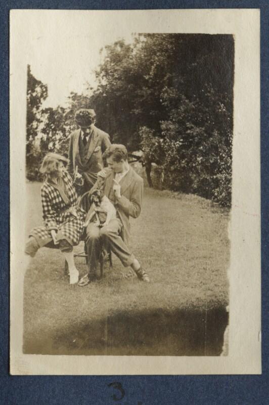 Dorothy Brett; Mark Gertler; Aldous Huxley with Lady Ottoline Morrell's pug Soie, by Lady Ottoline Morrell, 1917 - NPG Ax140687 - © National Portrait Gallery, London