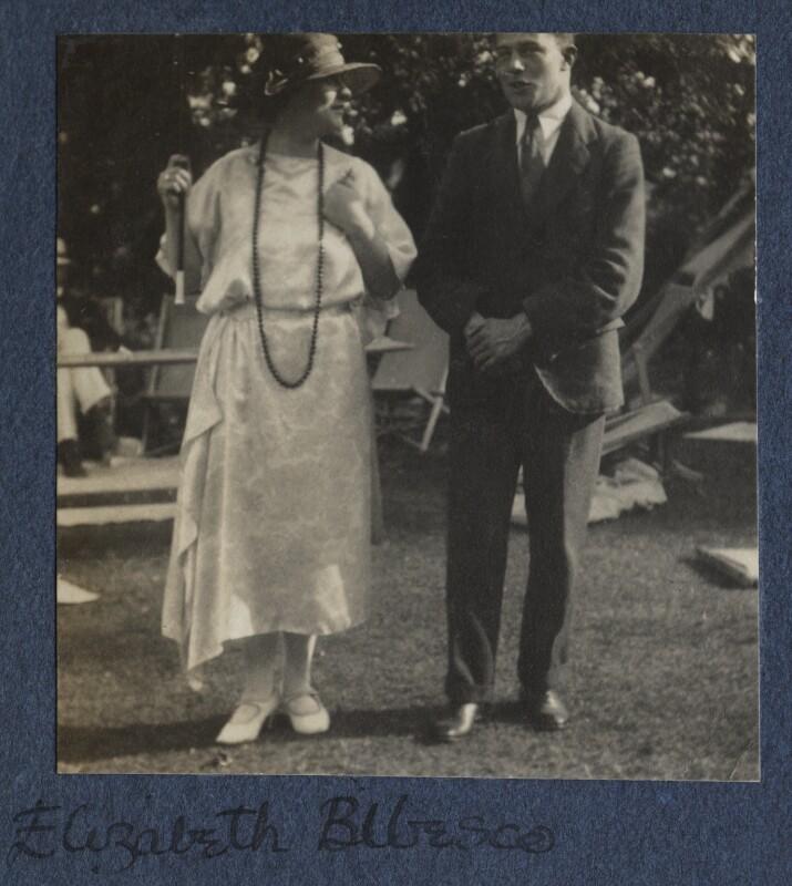 Elizabeth (née Asquith), Princess Bibesco; Sir Maurice Bowra, by Lady Ottoline Morrell, 1924 - NPG Ax141579 - © National Portrait Gallery, London