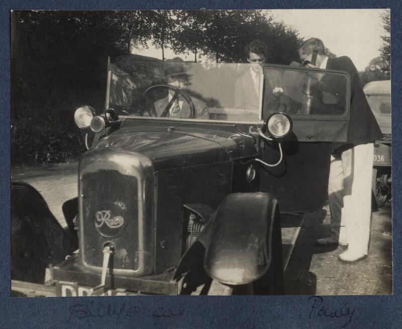 'Billy's car' (William Henry Smith, 3rd Viscount Hambleden; Hon. Robert Gathorne-Hardy; Arthur Paul Gore, 7th Earl of Arran), by Lady Ottoline Morrell, 1924 - NPG Ax141603 - © National Portrait Gallery, London
