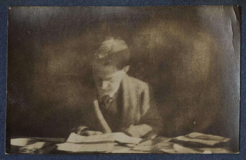 Walter de la Mare, by Lady Ottoline Morrell, 1924 - NPG Ax141617 - © National Portrait Gallery, London