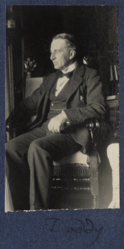 Philip Edward Morrell, by Lady Ottoline Morrell, August 1924 - NPG Ax141741a - © National Portrait Gallery, London