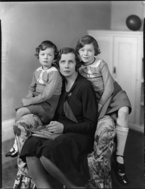 Lady Munro-Lucas-Tooth with her daughters, by Bassano Ltd, 8 December 1933 - NPG x124416 - © National Portrait Gallery, London