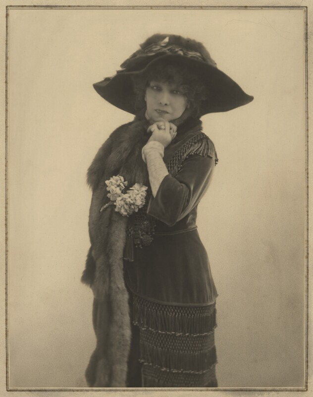 Sarah Bernhardt, by Elliott & Fry, 1901 - NPG x127410 - © National Portrait Gallery, London