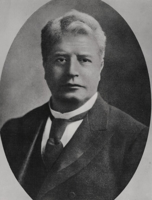 edmund barton Edmund barton was born in glebe, new south wales, on 18 january 1849 he was one of the nine children of william barton and mary louise whydah, english immigrants who arrived in australia in 1824 william was a secretary and accountant for an agricultural company, and later became a stockbroker mary ran a school for girls.