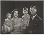 The Royal Family, by Yousuf Karsh, 1951 - NPG  - © Karsh / Camera Press