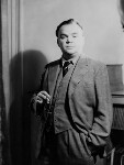 Cyril Connolly, by Howard Coster, 1942 - NPG  - © National Portrait Gallery, London