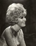 Dusty Springfield, by Vivienne, 1967-1968 - NPG  - © reserved; collection National Portrait Gallery, London