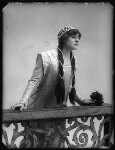 Lilian Hallows as Juliet in 'Romeo and Juliet', by Bassano Ltd, 1913 - NPG  - © National Portrait Gallery, London