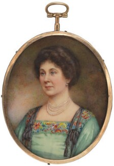 Lucy (née Ridsdale), Countess Baldwin, by Winifred Cécile Dongworth - NPG 5034
