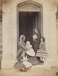 Mrs Duncan and her children, by George Washington Wilson - NPG P22(21)