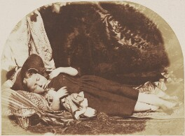 Elizabeth Logan, by David Octavius Hill, and  Robert Adamson, 1843-1848 - NPG P6(178) - © National Portrait Gallery, London