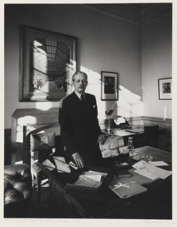 Harold Macmillan, 1st Earl of Stockton, by Arnold Newman, 1954 - NPG P44 - © Arnold Newman / Getty Images