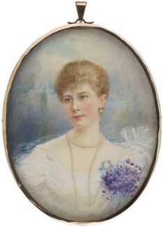 Queen Mary, by Mary Helen Carlisle, circa 1890s - NPG 2089 - © National Portrait Gallery, London