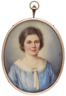 Ishbel MacDonald, by Winifred Cécile Dongworth - NPG 5035