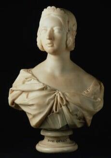 Queen Victoria, replica by Sir Francis Leggatt Chantrey, 1841, based on a work of 1839 - NPG 1716 - © National Portrait Gallery, London