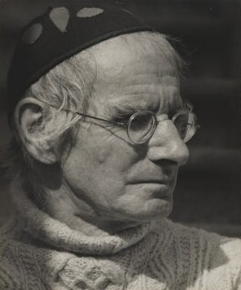 Sean O'Casey, by Wolfgang Suschitzky, October 1955 - NPG P308 - © Wolfgang Suschitzky / National Portrait Gallery, London