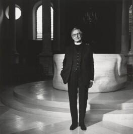Edward Chad Varah, by Lucinda Douglas-Menzies, 1988 - NPG P404 - © Lucinda Douglas-Menzies / National Portrait Gallery, London