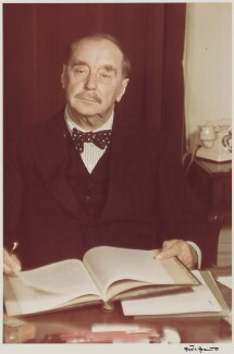 H.G. Wells, by Gisèle Freund, 1939 - NPG P438 - © Estate Gisèle Freund / IMEC Images