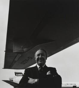Sir Freddie Laker, by Arnold Newman - NPG P150(23)